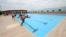 Büyükşehir'in havuzlarında sezon açıldı