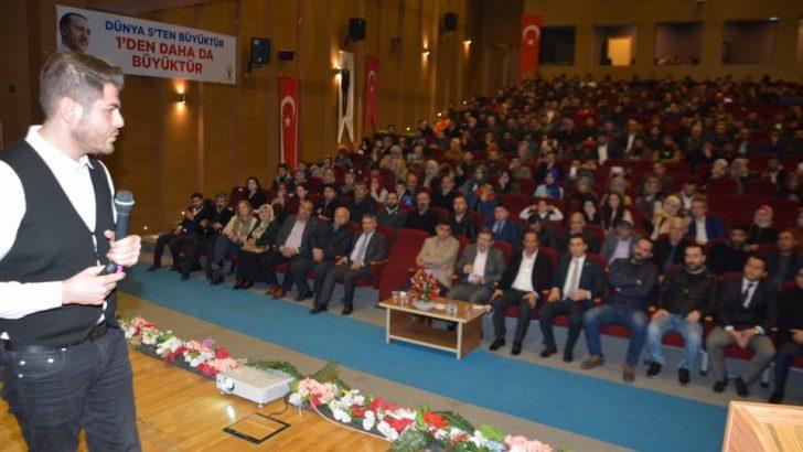 AK Genç Dilovası, Selmanoğlu'nu Kudüs konferansında gençler ile bir araya getirdi