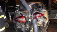 Alkollü Sürücünün Kullandığı Otomobil Direğe Saplandı: 1 Yaralı