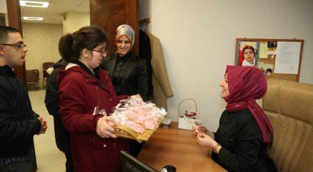 Engelsiz öğrenciler, kadınlar gününü kutladı