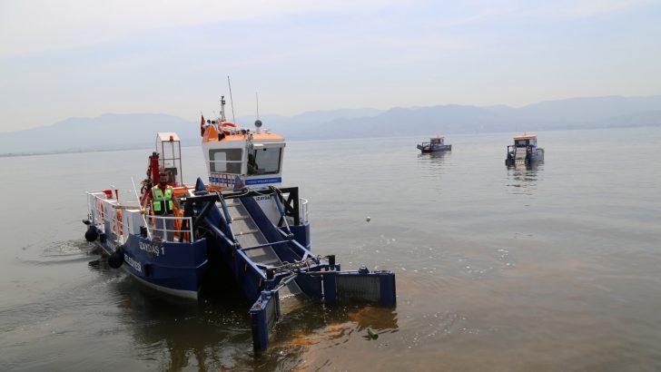 İzmit Körfezi'nden 6 ayda 180 ton çöp toplandı